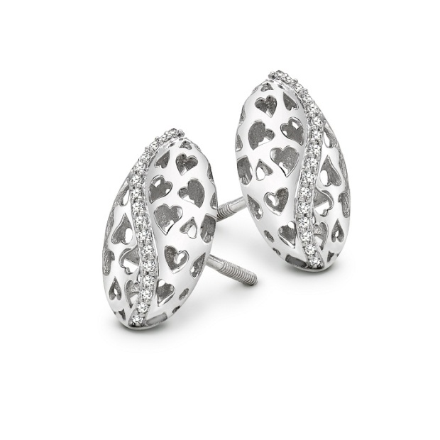 Platinum earrings for Valentine's Day