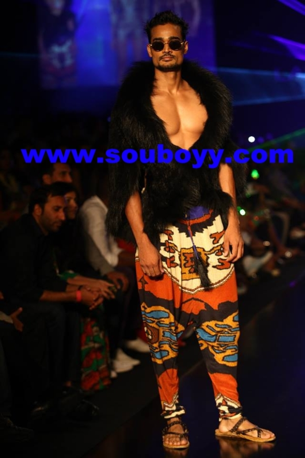 Pria Kataria Puri's show at Lakme Fashion Week, by SouBoyy, Sourendra Kumar Das