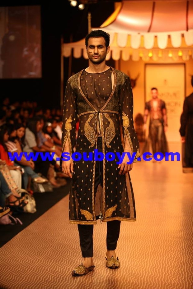Shantanu Goenka's KRUHUN at Lakme Fashion Week, Winter Festive - Day 2 by Sou Boyy, Sourendra Kumar Das - Freddy Daruwala at Grand Hyatt Mumbai.