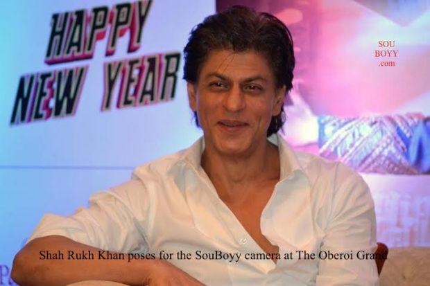 Shah Rukh Khan poses for the SouBoyy camera at The Oberoi Grand, Kolkata